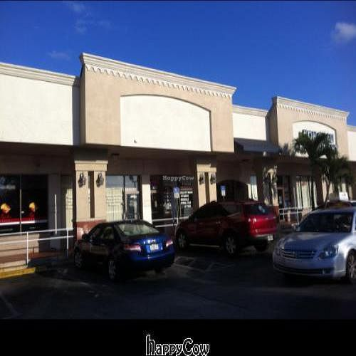 """Photo of CLOSED: My Little Organic Bistro  by <a href=""""/members/profile/AnthonyStanley"""">AnthonyStanley</a> <br/>Store Front <br/> February 6, 2013  - <a href='/contact/abuse/image/33744/43911'>Report</a>"""