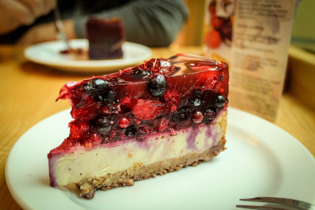 "Photo of Rebio - Velky Spalicek  by <a href=""/members/profile/SueClesh"">SueClesh</a> <br/>tofu cheesecake with fruits <br/> April 3, 2018  - <a href='/contact/abuse/image/33754/380015'>Report</a>"