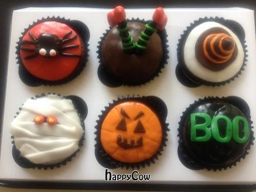 "Photo of Purely Scrumptious  by <a href=""/members/profile/SueHolman"">SueHolman</a> <br/>Halloween Cupcakes! <br/> October 9, 2012  - <a href='/contact/abuse/image/33760/38832'>Report</a>"