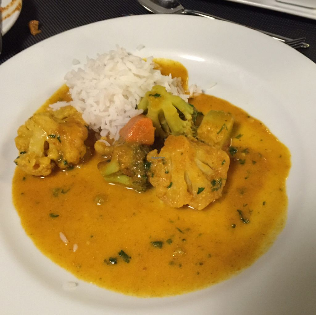 """Photo of Essencia  by <a href=""""/members/profile/dlachica"""">dlachica</a> <br/>Vegetable curry with basmati rice <br/> September 6, 2015  - <a href='/contact/abuse/image/33794/116592'>Report</a>"""