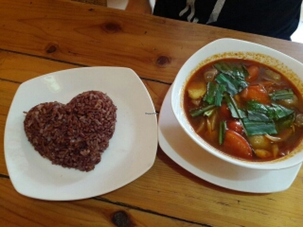 """Photo of Cafe Soleil  by <a href=""""/members/profile/Fairbridge"""">Fairbridge</a> <br/>Vegetable Tom Yum with brown rice <br/> June 21, 2016  - <a href='/contact/abuse/image/33811/155297'>Report</a>"""