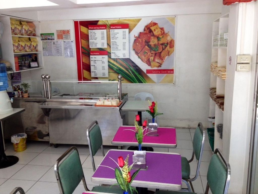 """Photo of Oscar Ann's Vegetarian House  by <a href=""""/members/profile/mike_veg"""">mike_veg</a> <br/>interior <br/> June 23, 2014  - <a href='/contact/abuse/image/33819/72619'>Report</a>"""