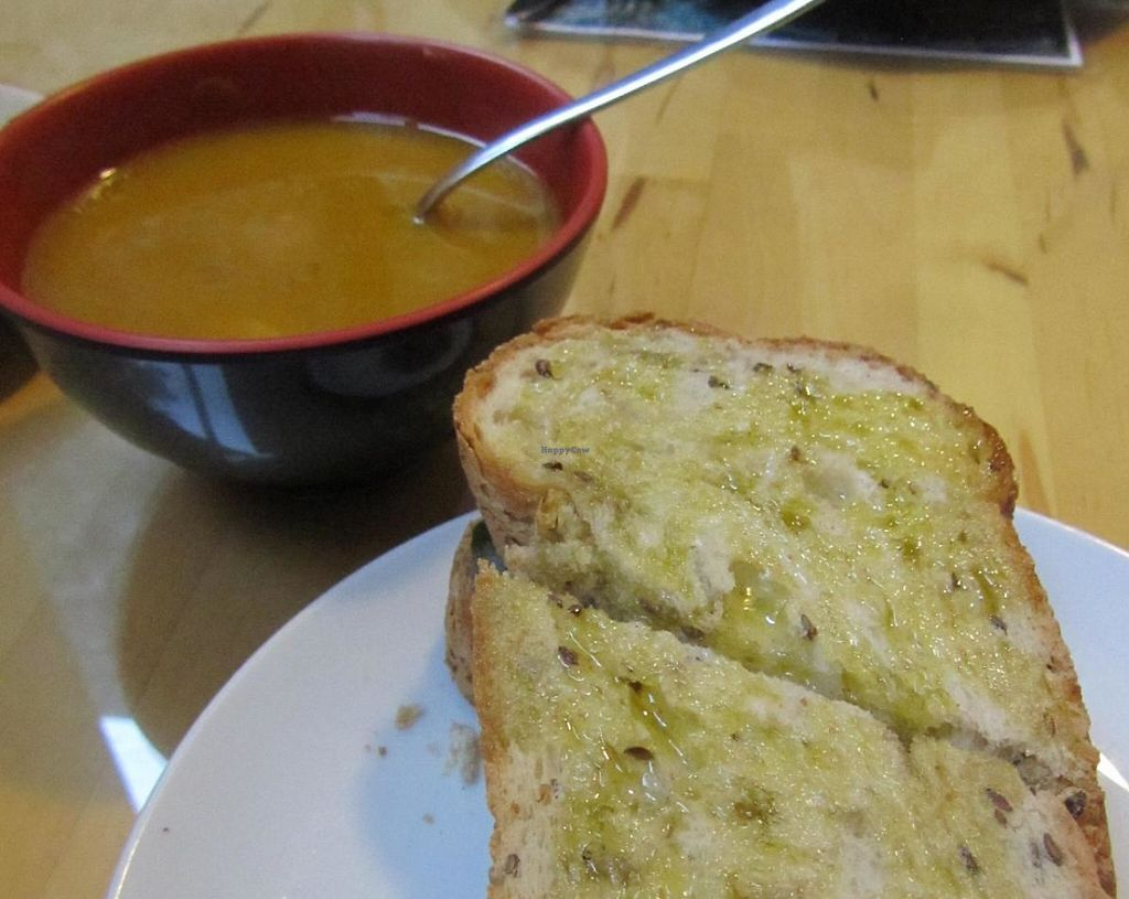 "Photo of Quintal Bioshop  by <a href=""/members/profile/BlisterBlue"">BlisterBlue</a> <br/>Tofu sandwich & soup of the day <br/> November 7, 2014  - <a href='/contact/abuse/image/33822/241570'>Report</a>"