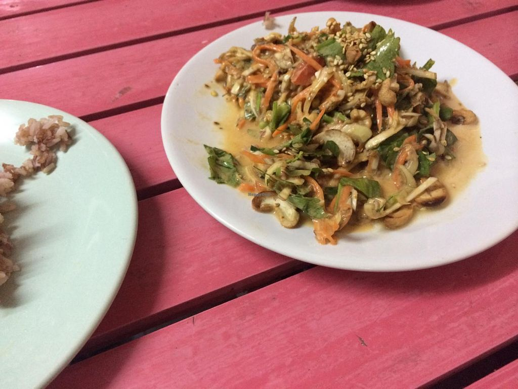 """Photo of On's Thai Isaan  by <a href=""""/members/profile/Plantpower"""">Plantpower</a> <br/>Main dish for 50 baht.  <br/> January 17, 2015  - <a href='/contact/abuse/image/33830/90584'>Report</a>"""
