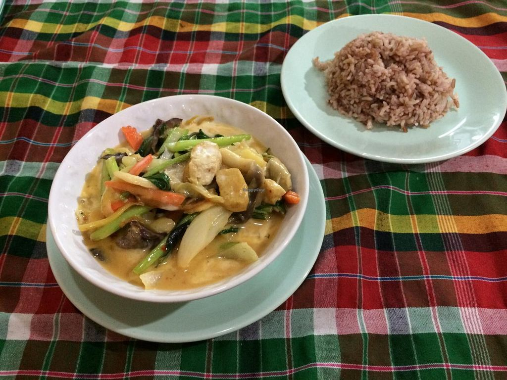 """Photo of On's Thai Isaan  by <a href=""""/members/profile/Plantpower"""">Plantpower</a> <br/>Best curry I've ever had.  <br/> January 17, 2015  - <a href='/contact/abuse/image/33830/90585'>Report</a>"""
