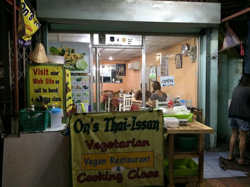 """Photo of On's Thai Isaan  by <a href=""""/members/profile/Plantpower"""">Plantpower</a> <br/>Restaurant from the street.  <br/> January 17, 2015  - <a href='/contact/abuse/image/33830/90586'>Report</a>"""