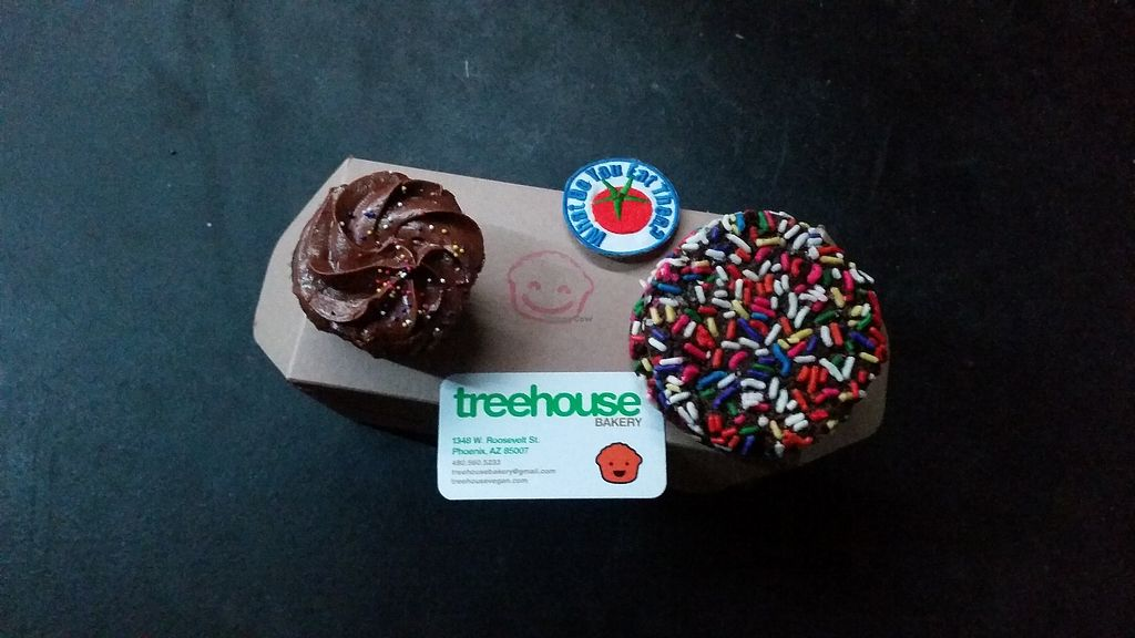 "Photo of Treehouse Bakery  by <a href=""/members/profile/WhatDoYouEatThen"">WhatDoYouEatThen</a> <br/>Chocolate Cupcake & Chocolate cookie from Treehouse