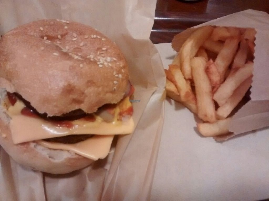 """Photo of East Side Burgers  by <a href=""""/members/profile/Cam"""">Cam</a> <br/>east side burger and fries <br/> February 2, 2017  - <a href='/contact/abuse/image/34087/221337'>Report</a>"""