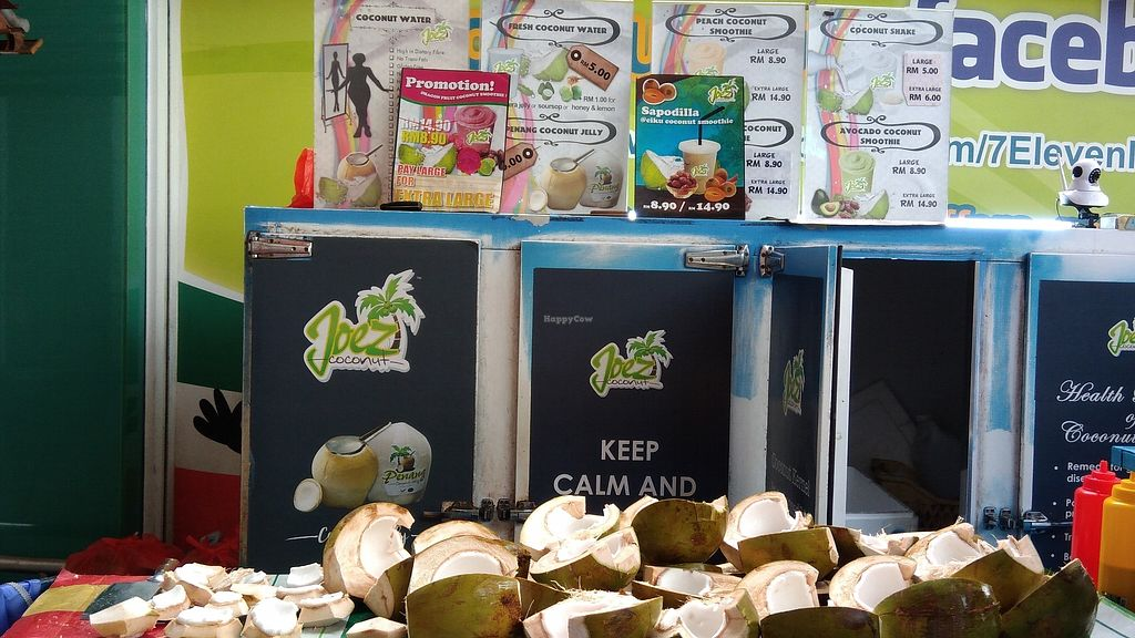 """Photo of Joez Coconuts  by <a href=""""/members/profile/ChoyYuen"""">ChoyYuen</a> <br/>Freshly chopped coconuts <br/> April 12, 2018  - <a href='/contact/abuse/image/34338/384442'>Report</a>"""