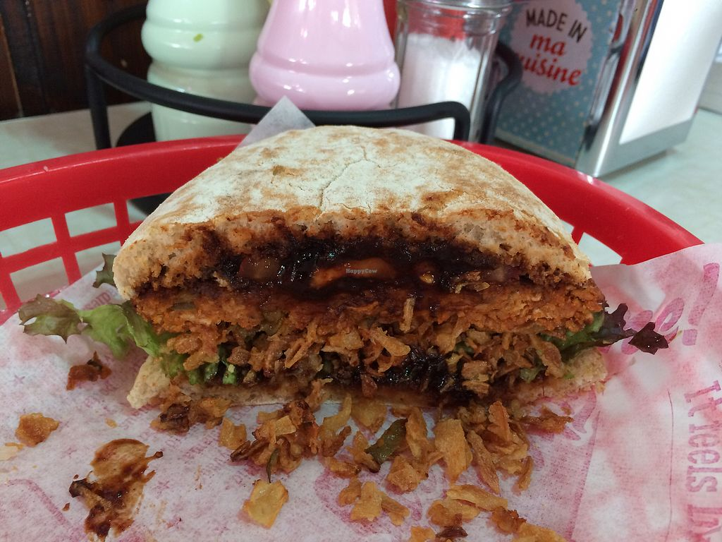 """Photo of The Ladies Diner  by <a href=""""/members/profile/Carissima"""">Carissima</a> <br/>Dancing Gunman BBQ vegan burger  <br/> October 21, 2017  - <a href='/contact/abuse/image/34390/317276'>Report</a>"""