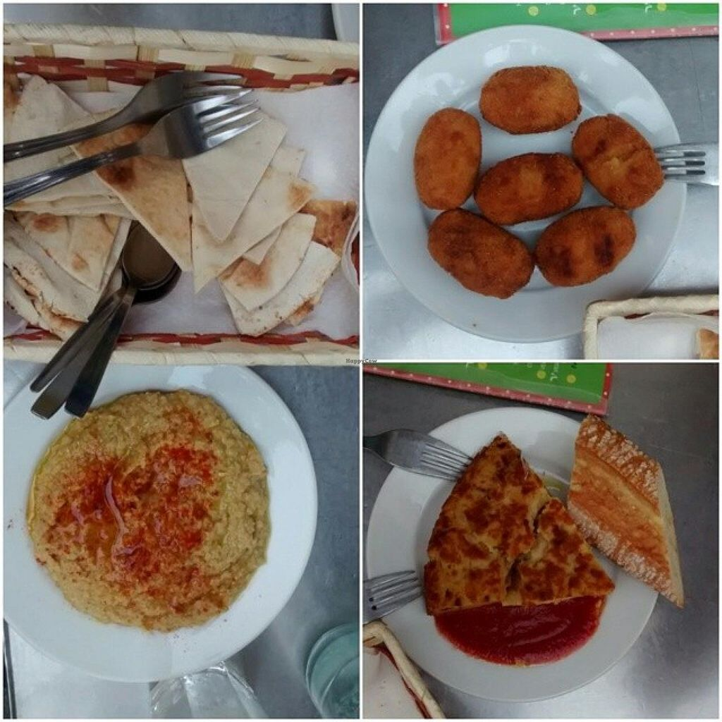 """Photo of Viva Chapata  by <a href=""""/members/profile/LeFunks"""">LeFunks</a> <br/>Hummus, mushroom croquettes, vegan Spanish omelette <br/> November 7, 2014  - <a href='/contact/abuse/image/34396/84889'>Report</a>"""