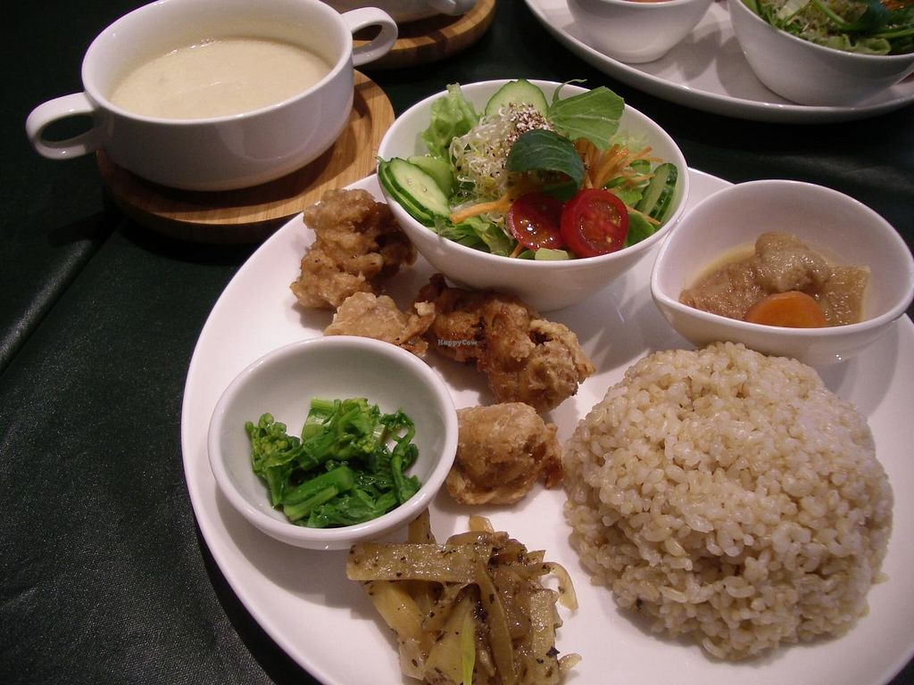 """Photo of Olu Olu Cafe  by <a href=""""/members/profile/Ricardo"""">Ricardo</a> <br/>Macrobiotic lunch plate 1000yen <br/> March 21, 2014  - <a href='/contact/abuse/image/34448/66236'>Report</a>"""