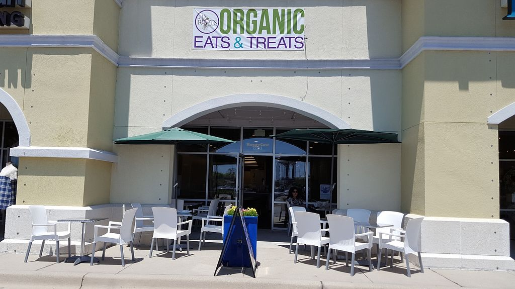 """Photo of Wild Roots  by <a href=""""/members/profile/IceColdIce"""">IceColdIce</a> <br/>The new location with outside and inside seating <br/> May 15, 2016  - <a href='/contact/abuse/image/34463/149041'>Report</a>"""