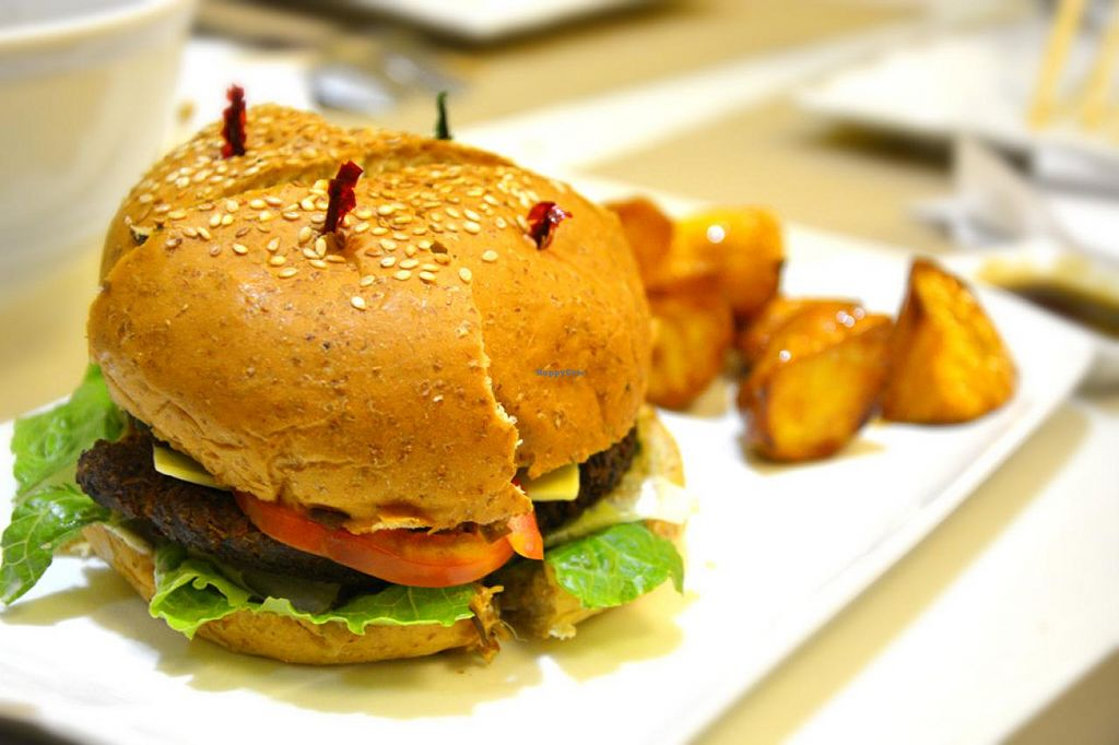 """Photo of Agico Vegetarian Cafe - Araullo St  by <a href=""""/members/profile/konserns"""">konserns</a> <br/>Pinoy best burger <br/> January 24, 2015  - <a href='/contact/abuse/image/34521/91312'>Report</a>"""