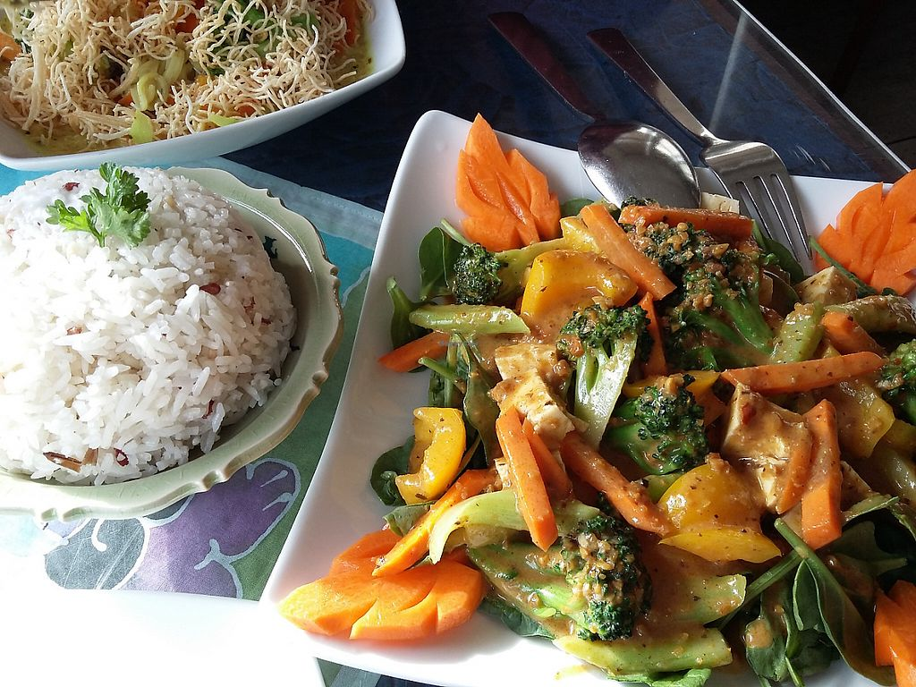 """Photo of Thai Onzon  by <a href=""""/members/profile/Peanuts"""">Peanuts</a> <br/>Swimming Rama - Veggies with peanut sauce and coconut rice :) <br/> May 23, 2017  - <a href='/contact/abuse/image/34634/261613'>Report</a>"""