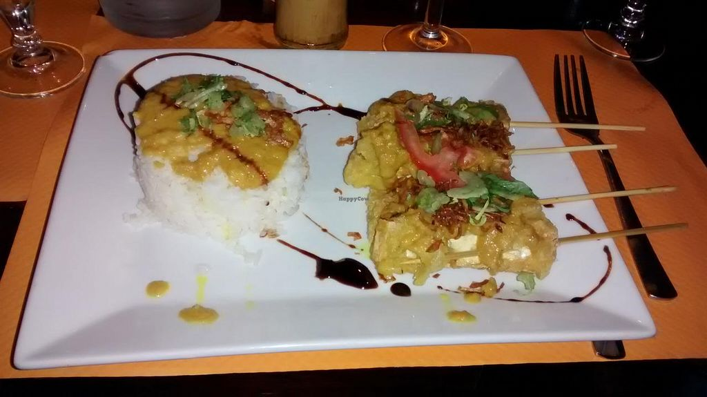 """Photo of O Bali  by <a href=""""/members/profile/JonJon"""">JonJon</a> <br/>Tofu skewers with rice, spices and a peanut sauce <br/> December 13, 2014  - <a href='/contact/abuse/image/34661/87893'>Report</a>"""