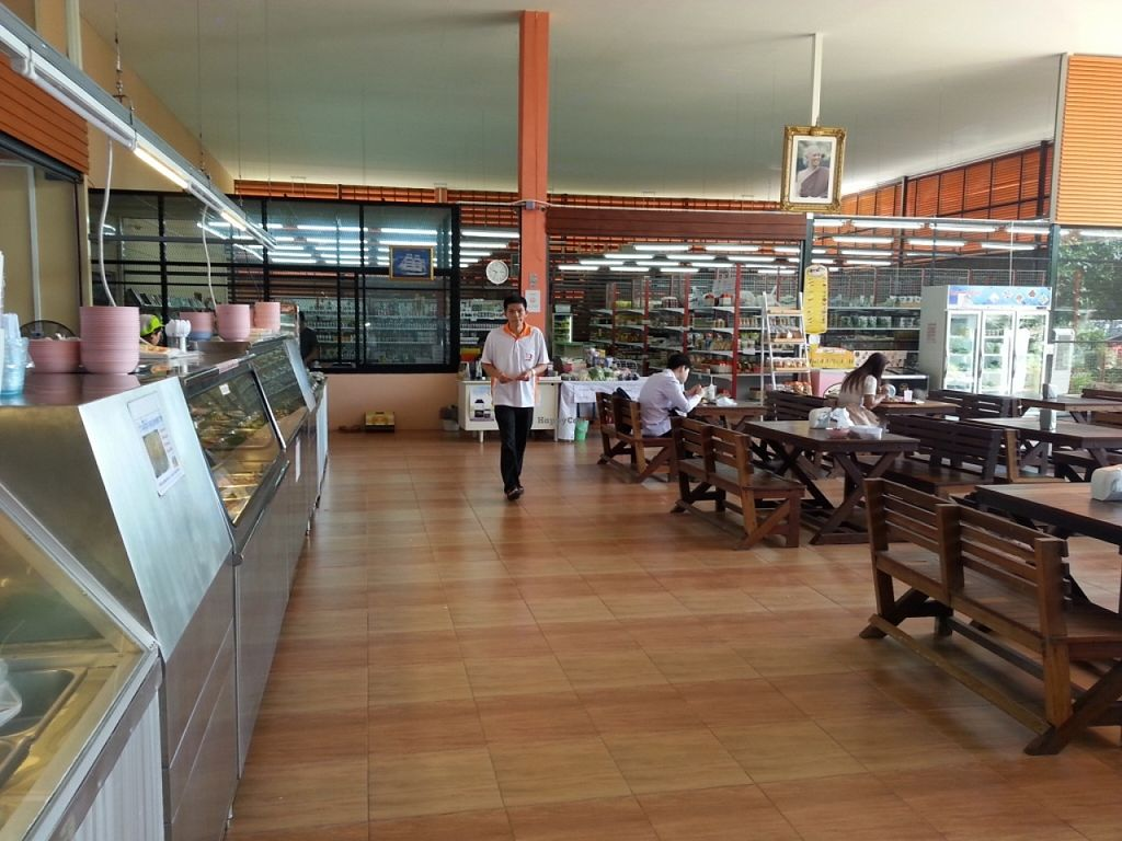 Photo of Tawanthong Restaurant and Shop  by jhon108 <br/>new restaurant <br/> November 29, 2015  - <a href='/contact/abuse/image/3471/126494'>Report</a>