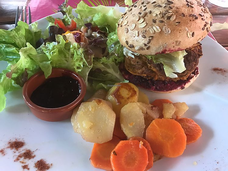 """Photo of Bistrot and Chocolat  by <a href=""""/members/profile/peggyp"""">peggyp</a> <br/>Salad, carrots & potatoes with a homemade veggie burger <br/> June 20, 2017  - <a href='/contact/abuse/image/34752/271404'>Report</a>"""