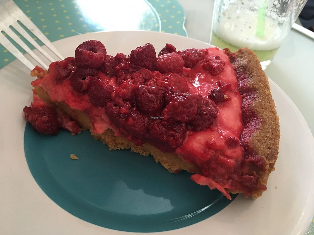 """Photo of Vegan Bunker  by <a href=""""/members/profile/peas-full"""">peas-full</a> <br/>raspberry pie <br/> January 2, 2018  - <a href='/contact/abuse/image/34866/342041'>Report</a>"""