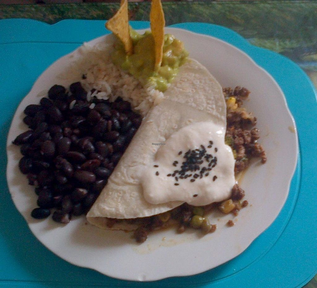 """Photo of Vegan Bunker  by <a href=""""/members/profile/arya00"""">arya00</a> <br/>menu del día <br/> July 5, 2014  - <a href='/contact/abuse/image/34866/73274'>Report</a>"""