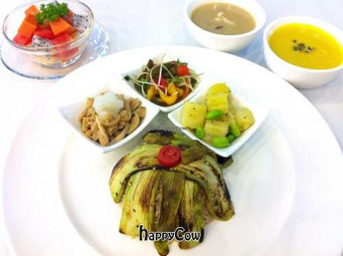 "Photo of SALADee  by <a href=""/members/profile/NaokoAosawa"">NaokoAosawa</a> <br/>Weekly menu - Set A for Vegan  <br/> October 26, 2012  - <a href='/contact/abuse/image/34933/39450'>Report</a>"