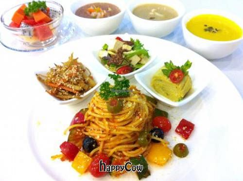 "Photo of SALADee  by <a href=""/members/profile/NaokoAosawa"">NaokoAosawa</a> <br/>Weekly menu- Pasta set 200Baht <br/> October 26, 2012  - <a href='/contact/abuse/image/34933/39451'>Report</a>"