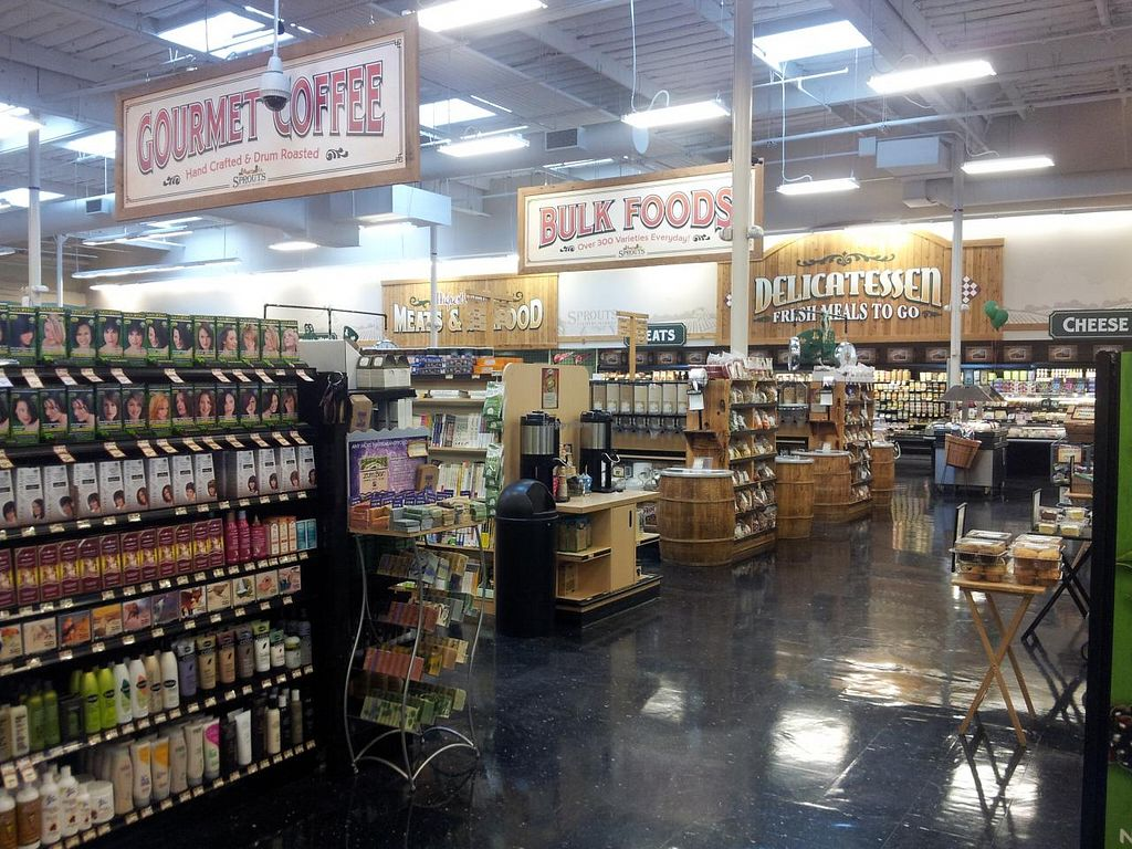Photo of Sprouts Farmers Market  by Navegante <br/>03-18-2014 <br/> March 18, 2014  - <a href='/contact/abuse/image/35126/66157'>Report</a>