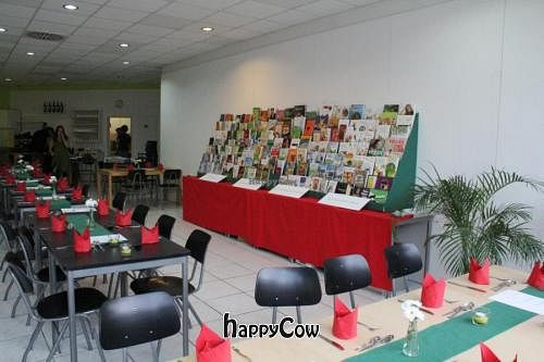 """Photo of Lesecafe Anstandig essen  by <a href=""""/members/profile/Harald"""">Harald</a> <br/> November 13, 2012  - <a href='/contact/abuse/image/35157/40193'>Report</a>"""
