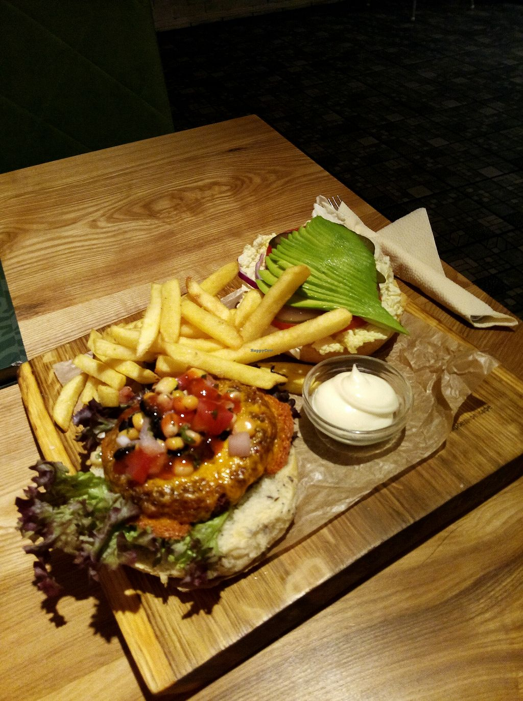 "Photo of Avocado Cafe - Tverskaja  by <a href=""/members/profile/Sammylee"">Sammylee</a> <br/>Mexican burger <br/> April 20, 2018  - <a href='/contact/abuse/image/35195/388646'>Report</a>"