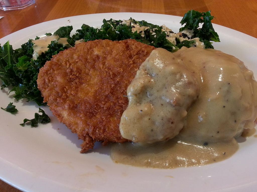 "Photo of Veggie Grill  by <a href=""/members/profile/Nikki1801"">Nikki1801</a> <br/>Chickn with gravy, mash potato n kale...yum! <br/> January 9, 2015  - <a href='/contact/abuse/image/35243/89953'>Report</a>"