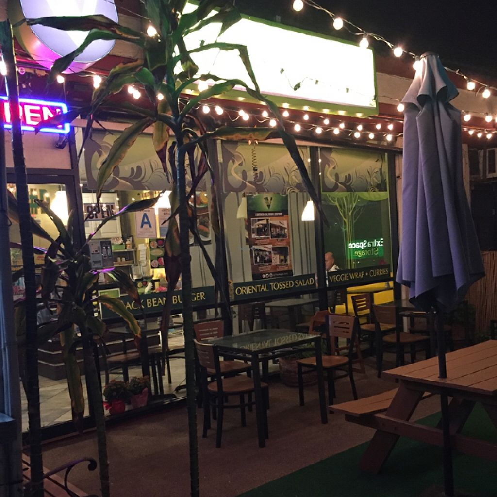"""Photo of CLOSED: The Vegan Joint - Hollywood  by <a href=""""/members/profile/Moon2chu"""">Moon2chu</a> <br/>terrace spot <br/> February 13, 2016  - <a href='/contact/abuse/image/35252/136192'>Report</a>"""
