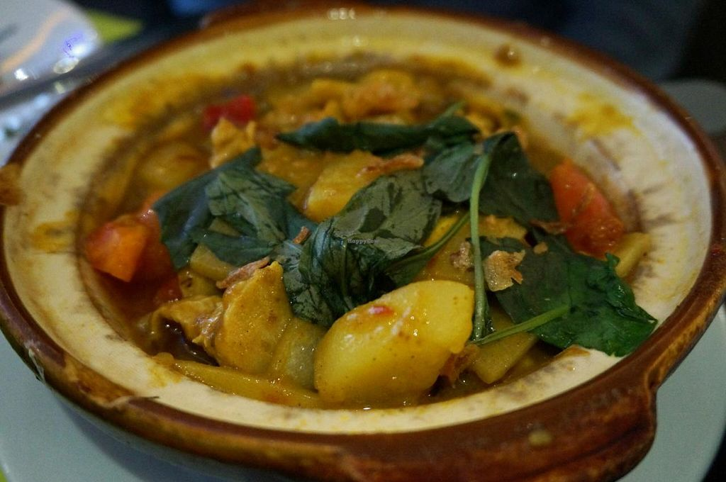 """Photo of Vegebowl  by <a href=""""/members/profile/Ricardo"""">Ricardo</a> <br/>Curry clay-pot <br/> December 29, 2014  - <a href='/contact/abuse/image/35256/88922'>Report</a>"""