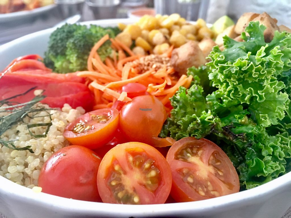 """Photo of Quinoa  by <a href=""""/members/profile/milos99"""">milos99</a> <br/>Buddha bowl <br/> April 12, 2017  - <a href='/contact/abuse/image/35265/247250'>Report</a>"""