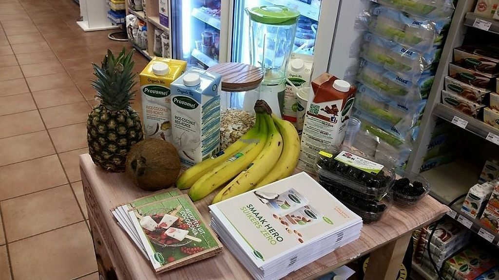 """Photo of Solidare Natuurvoeding  by <a href=""""/members/profile/JokeBuis"""">JokeBuis</a> <br/>lot of vegan options <br/> December 15, 2016  - <a href='/contact/abuse/image/35296/201531'>Report</a>"""