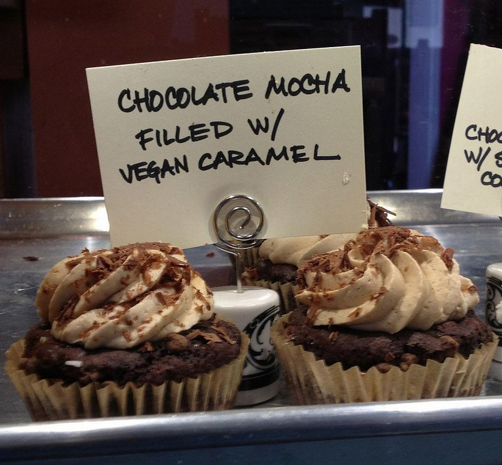 Photo of CLOSED: Momo and Co  by RamblingVegans <br/>Vegan cupcakes <br/> March 2, 2014  - <a href='/contact/abuse/image/35399/65095'>Report</a>