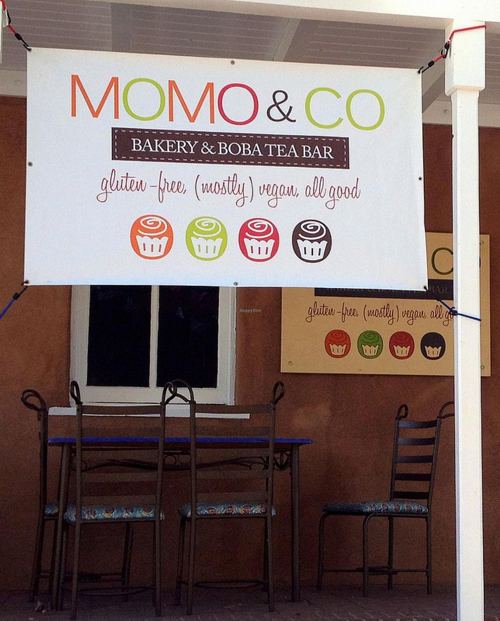 Photo of CLOSED: Momo and Co  by RamblingVegans <br/>Momo & Co <br/> March 2, 2014  - <a href='/contact/abuse/image/35399/65096'>Report</a>