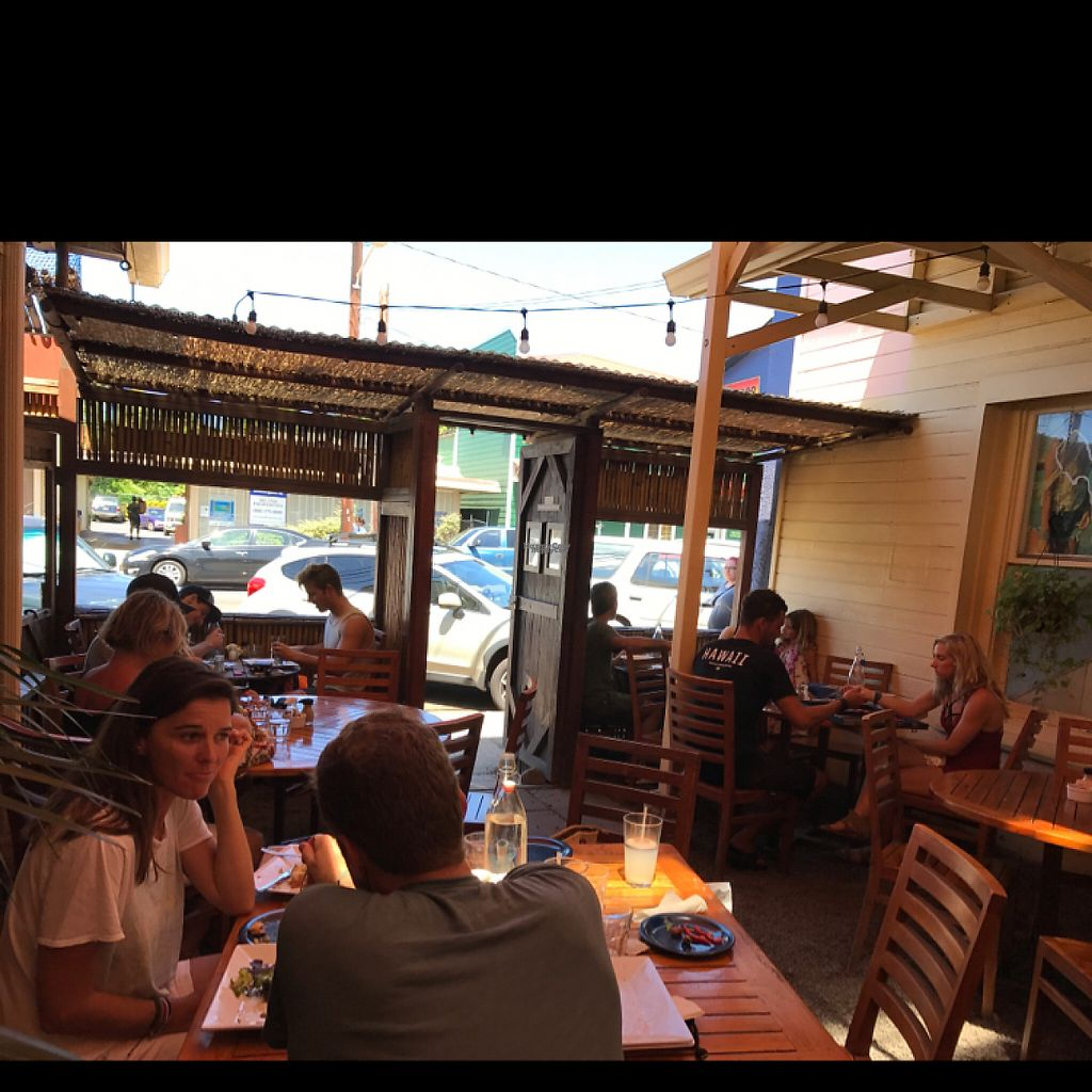 """Photo of Cafe des Amis  by <a href=""""/members/profile/LeonardPDX"""">LeonardPDX</a> <br/>outside seating <br/> April 15, 2017  - <a href='/contact/abuse/image/35601/248559'>Report</a>"""