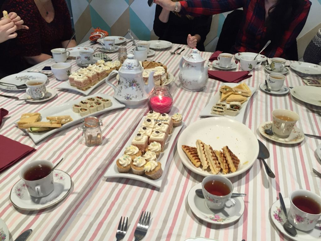 """Photo of Heavenly Cupcakes  by <a href=""""/members/profile/liepy"""">liepy</a> <br/>Hi-tea for 12 <br/> January 16, 2016  - <a href='/contact/abuse/image/35621/132576'>Report</a>"""
