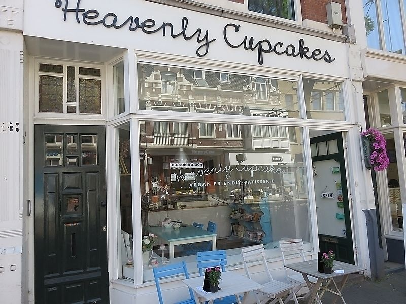 """Photo of Heavenly Cupcakes  by <a href=""""/members/profile/TrudiBruges"""">TrudiBruges</a> <br/>front of Heavenly Cupcakes, Rotterdam <br/> November 19, 2017  - <a href='/contact/abuse/image/35621/326942'>Report</a>"""