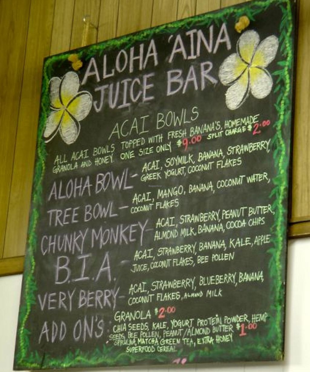 """Photo of Aloha 'Aina Juice Cafe  by <a href=""""/members/profile/trinitybourne"""">trinitybourne</a> <br/>Lots of tasty bowls to eat! <br/> February 14, 2015  - <a href='/contact/abuse/image/35649/199586'>Report</a>"""