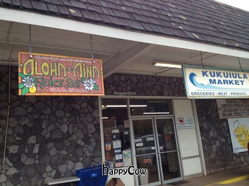 Photo of Aloha 'Aina Juice Cafe  by dbling <br/>out front <br/> December 21, 2012  - <a href='/contact/abuse/image/35649/41783'>Report</a>