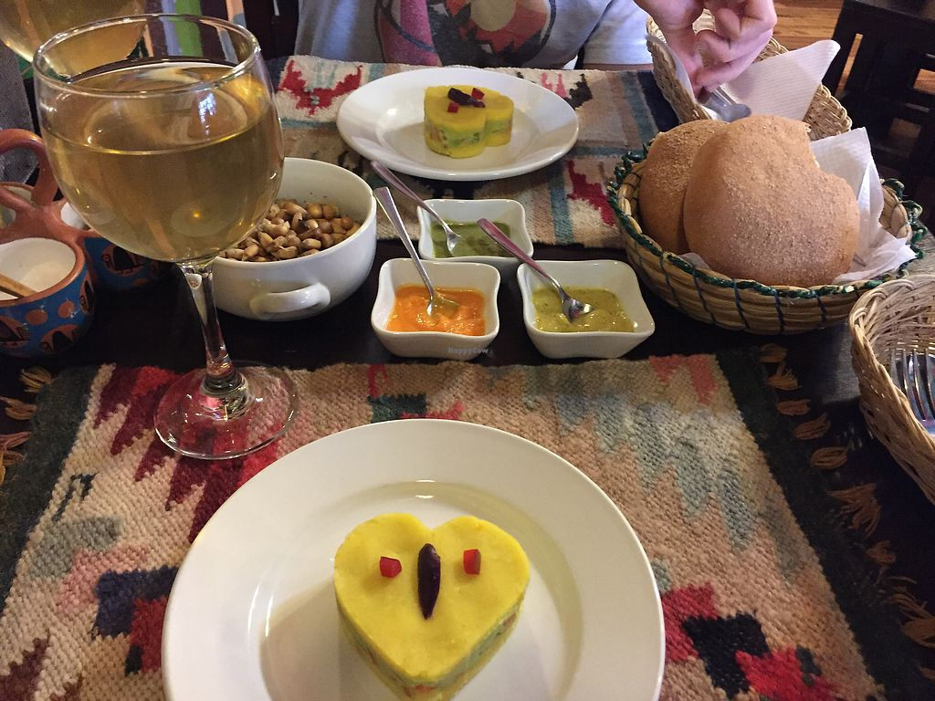 """Photo of Shaman Restaurant  by <a href=""""/members/profile/Dianebg"""">Dianebg</a> <br/>Entrées, dips, fresh bread and hot drink  <br/> October 17, 2017  - <a href='/contact/abuse/image/35868/316146'>Report</a>"""