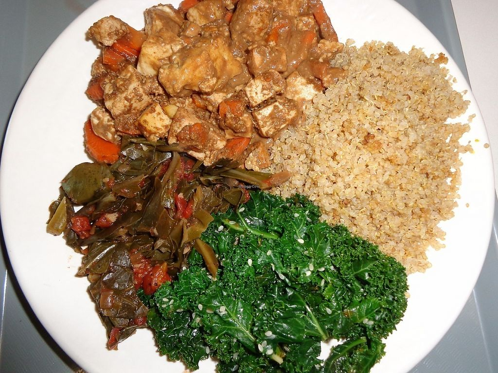 """Photo of Sunflower Cafe  by <a href=""""/members/profile/SarahBaker"""">SarahBaker</a> <br/>Clockwise from six o'clock: Thai ginger tofu, quinoa, sesame kale and collard greens.  <br/> May 28, 2017  - <a href='/contact/abuse/image/35881/263457'>Report</a>"""