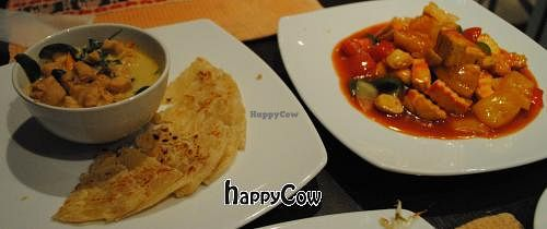 """Photo of Chongmas Thai Cuisine  by <a href=""""/members/profile/spiffysavannah"""">spiffysavannah</a> <br/>green curry with mushroom (meat substitute type thing), roti, and sweet and sour tofu <br/> January 3, 2013  - <a href='/contact/abuse/image/35977/42237'>Report</a>"""