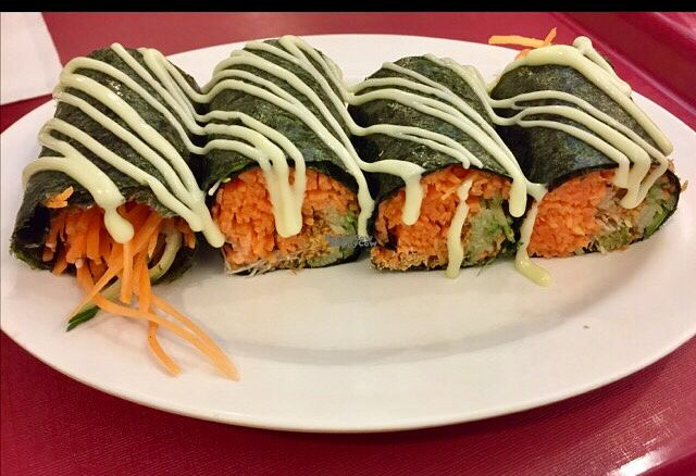 """Photo of Simple Life - KLCC  by <a href=""""/members/profile/Gillsabroad"""">Gillsabroad</a> <br/>seaweed rolls with wasabi  <br/> October 26, 2016  - <a href='/contact/abuse/image/36004/184533'>Report</a>"""