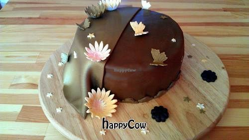 """Photo of Tines Vegane Backstube  by <a href=""""/members/profile/TinesVeganeBackstube"""">TinesVeganeBackstube</a> <br/>vegan cake with chocolate <br/> January 7, 2013  - <a href='/contact/abuse/image/36071/42412'>Report</a>"""