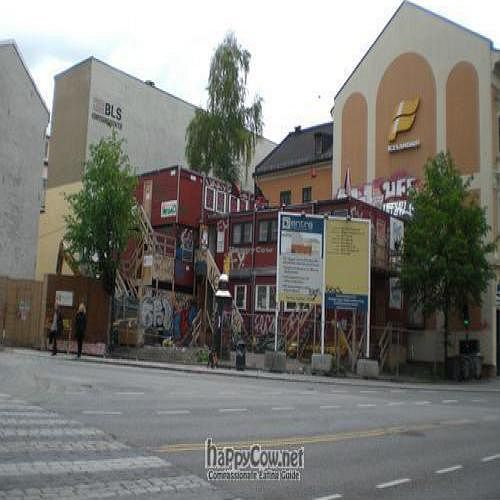 "Photo of Kafe Blitz  by <a href=""/members/profile/Lennaert"">Lennaert</a> <br/>The Blitz Kafe <br/> May 19, 2009  - <a href='/contact/abuse/image/3607/1946'>Report</a>"