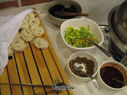 "Photo of Yosanjae  by <a href=""/members/profile/ahkow"">ahkow</a> <br/>DIY noodle soup <br/> January 7, 2013  - <a href='/contact/abuse/image/36115/42430'>Report</a>"