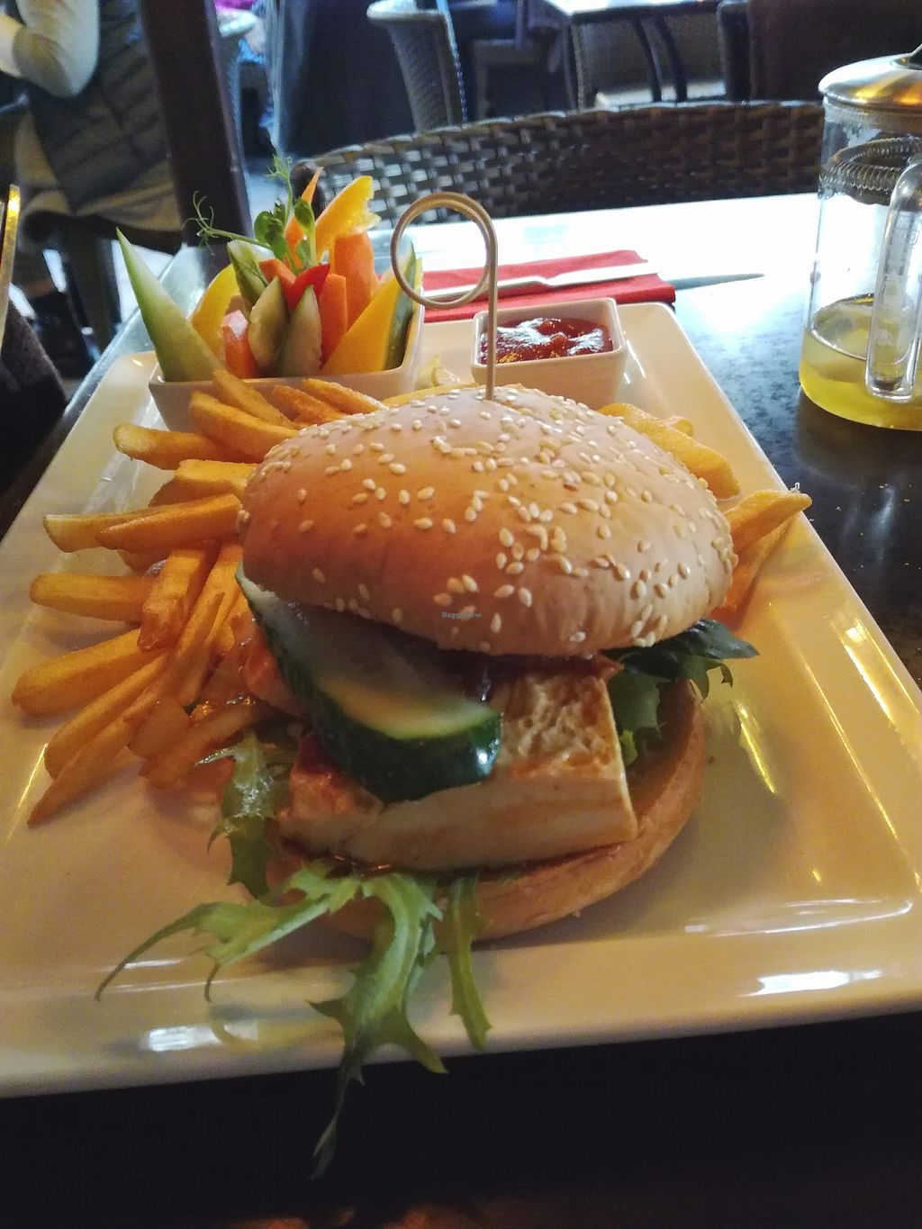 "Photo of Lidojosa Varde  by <a href=""/members/profile/ViktorijaGor"">ViktorijaGor</a> <br/>Vegan burger with SILKEN tofu. It's ok if you happen to drop by for beer with friends, but far from tasty... Unfortunately.  <br/> September 25, 2017  - <a href='/contact/abuse/image/36123/308161'>Report</a>"