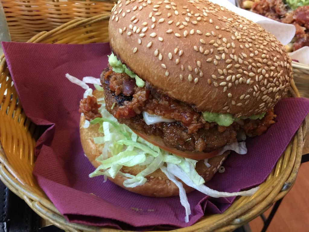 """Photo of Two-Bit Villains  by <a href=""""/members/profile/AaronTimo"""">AaronTimo</a> <br/>vegan chilli cheese burger <br/> June 26, 2015  - <a href='/contact/abuse/image/36150/107416'>Report</a>"""